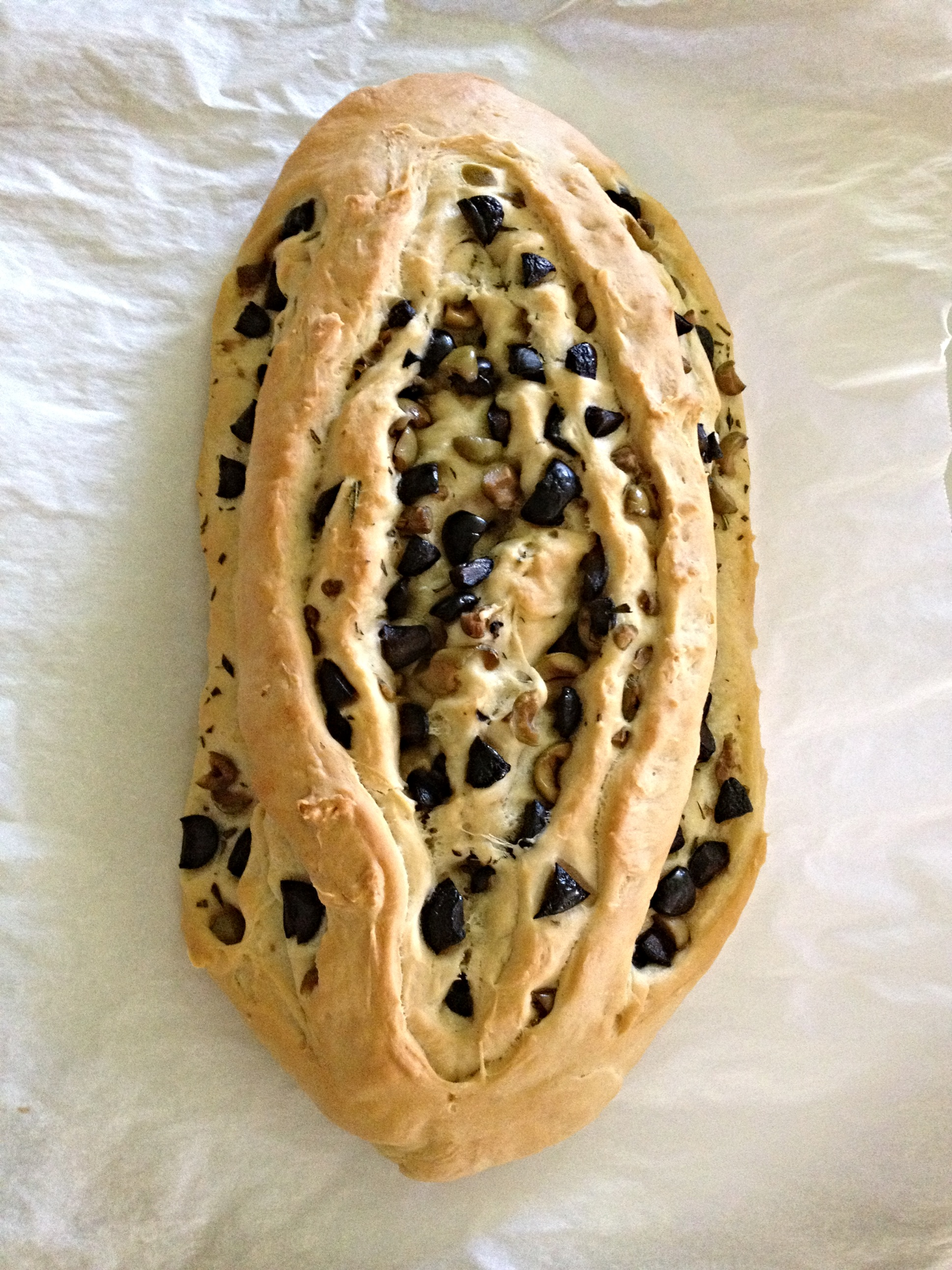 lifelately_olive bread