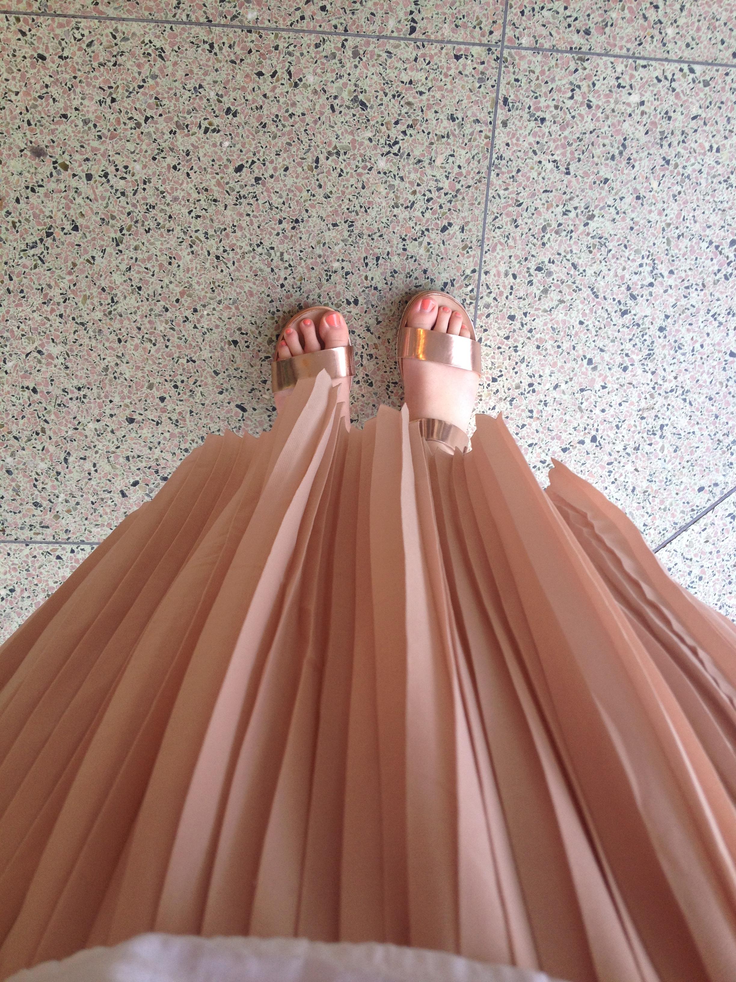 lifelately_skirtsandals